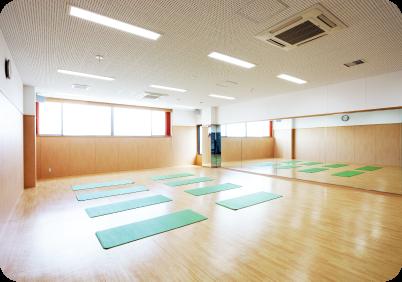 トレーニングルーム&ジム・スタジオ・プール